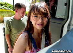 bangbus-21-03-31-honey-hayes-honey-does-anal.jpg