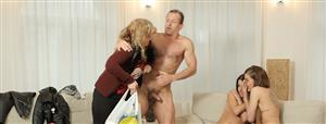 daddy4k-e03-eveline-dellai-and-silvia-dellai.jpg