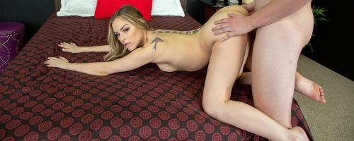 Anna Claire Clouds - Petite Anna Claire Clouds is Tiny But Fierce in Bed LIVE 1080p