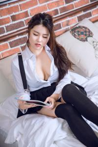 [TouTiao头条女神] 2019.02.21 娜露selena 不要吃兔兔!--T719