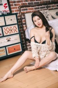 [TouTiao头条女神] 2019.04.17 娜露selena 情绪人生--T30077
