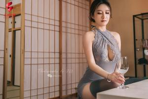 [TouTiao头条女神] 2019.04.24 JennyR 日风花与蛇--T23602