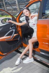[TouTiao头条女神] 2019.01.10 苏凉 我是美丽小车模--T15428