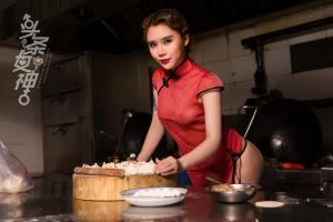 [TouTiao头条女神] 2018.02.13 爱丽莎春节包饺子吃元宵--T31177Real Street Angels