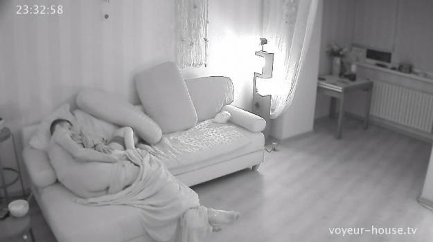 Voyeur-house.tv- Layla eric fuck under covers
