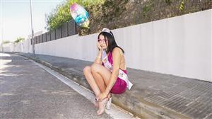 publicpickups-21-04-12-kitty-love-brazen-birthday-girl.jpg