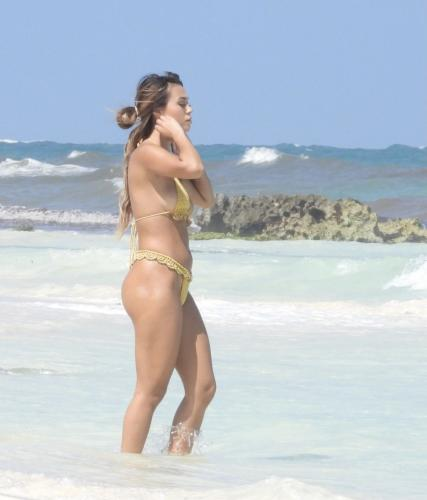 desiree_schlotz_-_in_tulum_20210415__3_.jpg