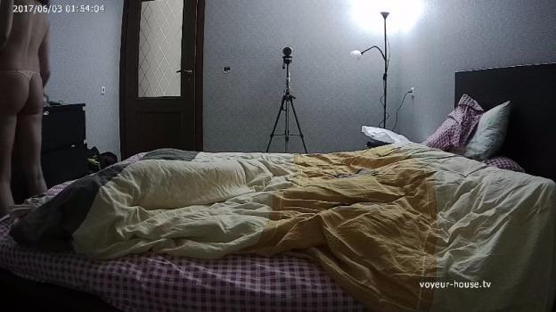 Voyeur-house.tv- Teya stan go to bed