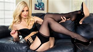 twistys-21-03-27-charlotte-stokely-jerk-from-home.jpg