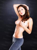 199228164_300665-attractive-topless-posi