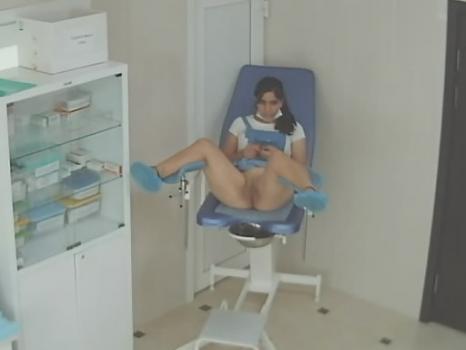 Hidden-Zone.com- Spycam in the doctor_s office